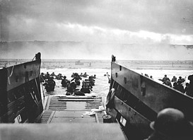 U.S. Soldiers at Omaha Beach, D-Day, WWII